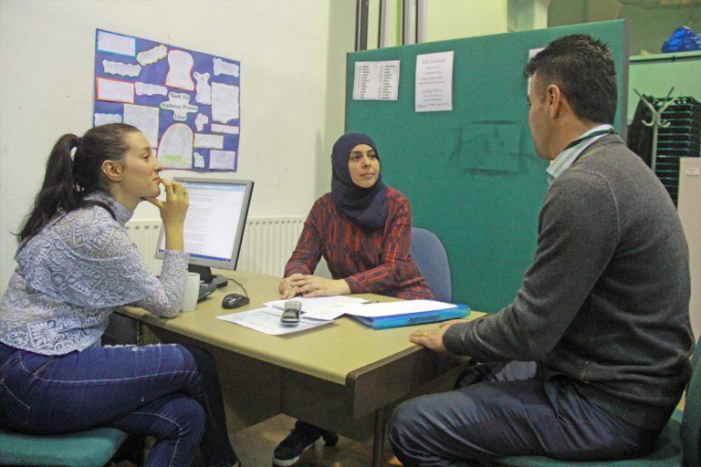 ترجمه شفاهی در فضاهای پناهندگی